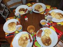 Desayuno aleman y canadia