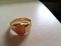 I got my riing (I like than should have put a ring on it)