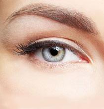 Perfekte Augenbrauen- dank Microblading