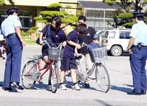 ※自転車マナーの悪化、事故増加に歯止めをかけようと来年から指導強化していく(資料写真)
