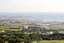 石垣市は、八重山周辺海域を活用した地域振興に向け海洋基本計画を策定する(資料写真)