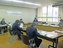 中山理事長の運営方針演説などが行われた八重山広域市町村圏事務組合議会の2月定例会=8日午後、市役所