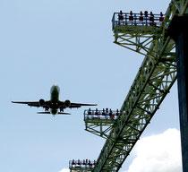 LCC就航などで入域観光客が増加している(資料写真)