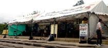 辺野古テント村には、地元住人はいないという