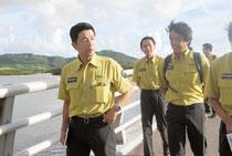 名蔵アンパルを視察する牧原環境政務官(26日午後)