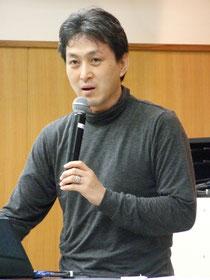 福島の子どもの現状を伝える吉野さん=18日午後、市健康福祉センター
