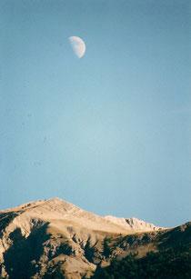 Lune sur Les Monges