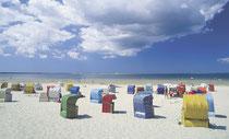 Bild: Strandkörbe am Südstrand