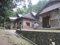 大石見神社と社務所