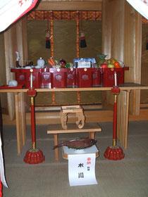 本殿外陣に献供された大祭神饌