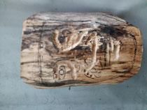 Je trace le dessin sur le bois.