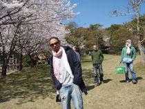 金立公園で花見をしました