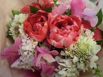 娘に合格祝いとしていただいた花束です。