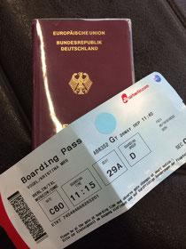 Reisepass und Ticket- Check!
