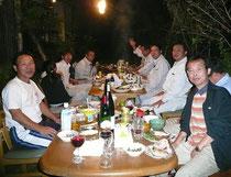 左端が村上良邦氏,右端が私(2007年10月)