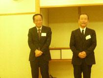 総会後の交流会で,技術開発賞を受賞した喜びを語るランデックス工業の中山憲士氏(写真右側)と四国総合研究所の岩原廣彦氏