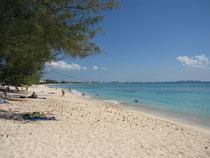 Cayman, Hauptstrand