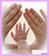 """Притчи 22: 6 """"Наставь юношу при начале пути его: он не уклонится от него, когда и состарится""""."""