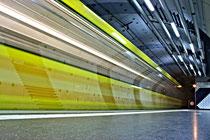 U-Bahn Haltestelle Karlsplatz in Essen