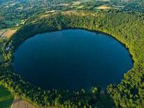 kratermeer, zwemmen, lianen