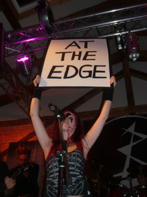 """Premiere von """"Edge"""""""