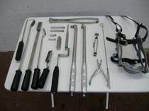 Einige Instrumente zur Zahnbehandlung