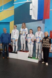 А.Воробьёва крайняя справа