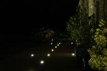 Spots de la terrasse le soir.