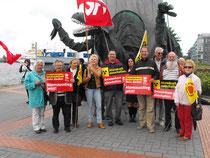 Eine kleine Gruppe der Sozialdemokraten die am Spaziergang teilgenommen haben