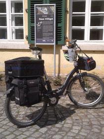 mein Rad vor dem Institut für Kirche und Gesellschaft der Ev. Kirche in Westfalen in Schwerte
