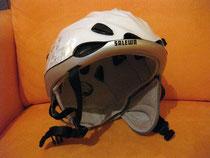 XENON-Helm mit Sommerfutter und einseitig eingesetztem Ohr-Protektor