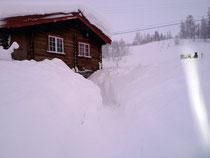 Schneemassen am Eingang zum Basement Foto: Furtwängler