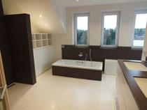 Terrazzoboden Badezimmer, Fugenloses Badezimmer, Terrazzo im Nassbereich