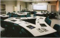 LL教室デスク