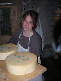 Bei der Käsepflege kann man manchmal allerlei aushecken...