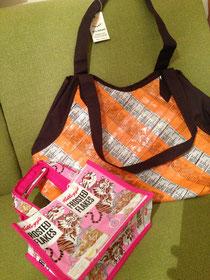 ジュースパックのバッグ