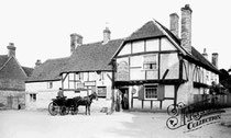 Historical picture of the Plume of Feathers, Crondall
