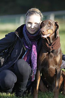 Daniela.Hiltmair@sunnydays-for-animals.de