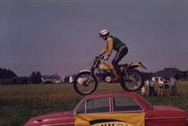 1983: Sportfest Sattledt, Erbler auf Trummer-Puch. Archiv: Erbler