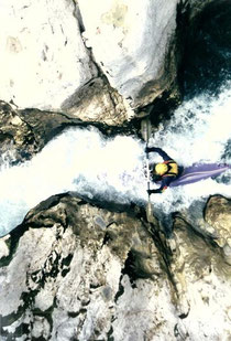 Braun over troubled water. Koritnica, Slowenien. Schaut am Foto komplett harmlos aus. Image: Archiv Braun