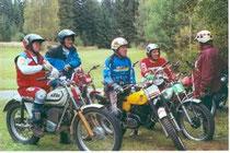 Seltene Motorräder und freundschaftliche Atmosphäre: Klassik-Trial
