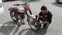 Topp gewartet, trotzdem viele technische Probleme: Michael Ernst mit Yamaha TY