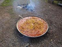 Alleine schon die Reise wert: Paella! Image: R. Kunz
