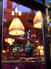 モンパルナスのカフェ、ドーム