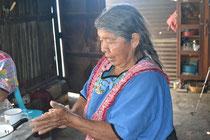 Doña Antonia, la abuelita de Dora