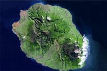 La réunion vue par satellite - CNES/dist.Spot Image