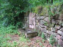 Brunnen 4