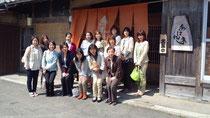 中央の黒いスーツが代表の小谷清美氏 クリックすると画像が大きくなります。