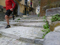 Treppenlauf in Neapel