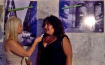 Elisa Martorana intervistata durante l'esposizione
